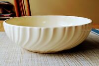 Franciscan Ware Coronado Round Vegetable Serving Bowl Off White Glossy 7 3/4""