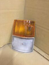 TOYOTA HIACE 1983 - 1987 FRONT INDICATOR & SIDE LIGHT LAMP RIGHT DRIVERS SIDE