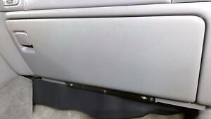 02-05 Cadillac Escalade OEM Glove Box (Shale/Pewter 92i)