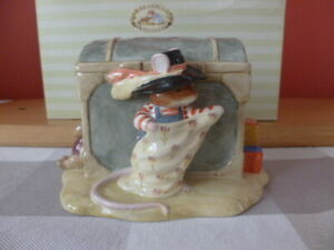 """ROYAL DOULTON BRAMBLY HEDGE MONEY BOX """"WILFRED AND THE TOY CHEST"""""""