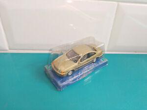 2208218 Voiture miniature cararama hongwell 1/72 volvo C70