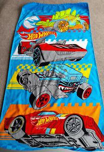 Hot Wheels Cars Beach Towel Retro Great Graphic Colorful Mattel 48x24