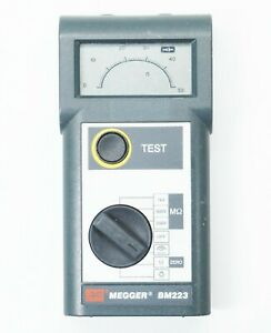 Megger BM 223 Handheld Insulation Resistance and Continuity Tester