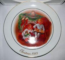 Avon Vintage Christmas Memories Memories Porcelain Collectible Plate 1983 Nib