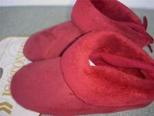 Isotoner Chili Pepper Suedecloth low back Bootie Slippers Medium 6.5-7.5
