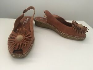 Gamins Leather Wedge Sandals Tan Size 39 New #27