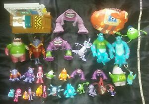 Monsters Inc University Figure Bundle Mike Randall Sully Don Scare Bed Playset