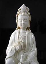 Exquisite Chinese Dehua Porcelain Handwork Kwan-yin Guanyin goddess Statue