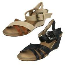 Zapatos de tacón de mujer plataformas de color principal negro sintético