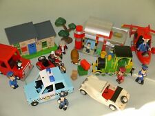Postman Pat Bundle with 2 buildings,6 cars and 11 figures + accessories - 01