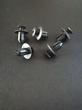 10 x Ford Screw Fit Plastic Trim Clips / Rivets  g364