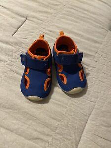Stride Rite Soft Motion Splash Orange & Blue Size 4.5 Wide