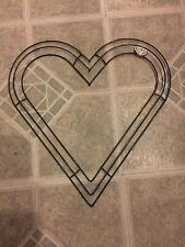 """NWT Floral Garden Craft 12"""" Heart Shaped Wire Wreath Forms Frames Deco"""