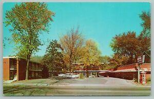 Royal Oak Michigan~Uptown Motel~Vintage Postcard