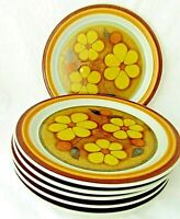 Lot of 6 Retro Ascon's Daisydale Stoneware Dinner Plates, Yellow Daisies Japan