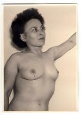 MATURE WIFE POSING NUDE FOR HUSBAND / AKTFOTO * Vintage 1950s Photo #11