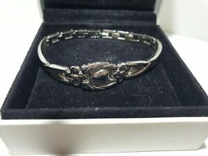 Silver tone Cuff Bangle Bracelet heart  flower decorative Silver Tone link,love