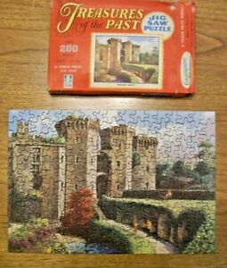 TREASURES OF THE PAST - RAGLAN CASTLE JIG SAW PUZZLE FROM THE 1950'S