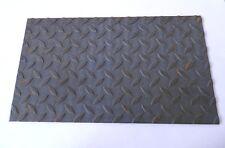 lamiera bugnata in ferro con rilievo tipo mandorlato spessore 3 dim.600x600 mm