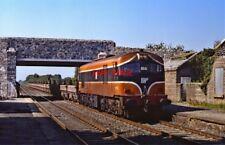 PHOTO  IRISH RAILWAY - CIE LOCO NO  055 SALLINS 31.08.1991