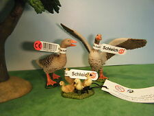 SCHLEICH GREY GOOSE GANDER #13679 GOOSE #13678 & CHICKS #13680 LOT OF 3 *NEW*