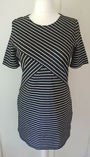 Size 14 Black & White Striped Stretch Short Sleeve Dress !!