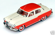 "Volga M21 ""Off White & Red"" 1956 (IST 1:43 / 013)"