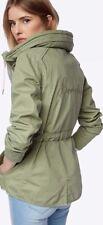 Nuevo Para mujeres Bench bordado Fina Informal Chaqueta Parka Verde XS RRP £ 75