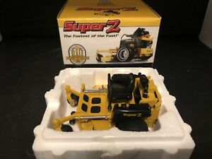 Hustler Super Z Mower 40th Anniversary Edition 1/16 in Box