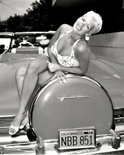 """JAYNE MANSFIELD IN """"THE GIRL CAN'T HELP IT"""" - 8X10 PUBLICITY PHOTO (OP-080)"""
