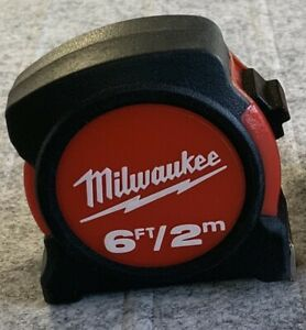 Milwaukee 2m/6 ft 13mm wide Retractable Compact Tape Measure Metal Blade