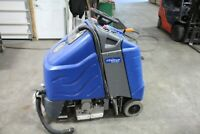 Windsor Chariot iExtract Ride-On Carpet Cleaner low hours 60