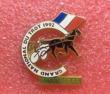 Pins CHEVAL GRAND NATIONAL DU TROT 1992 MARSEILLE S.S. Trotter Sulky Horse Race