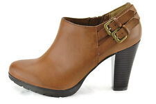 White Mountain Seatbelt Luggage/Smooth Women's Pump Ankle Bootie,New,5.5M,0201