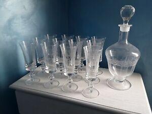 ANTICO SERVIZIO DI BICCHIERI da liquore in Cristallo di Boemia 12 pezzi