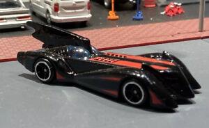 Hot Wheels Batman The Brave and The Bold Batmobile 1/64 Loose Diorama