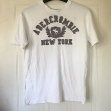 Abercrombie and Fitch Men's White T-Shirt - Size S