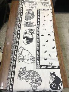 "VTG 1991 ""CATS & MICE"" Gray & White Fringed Tapestry Blanket/Throw 64 x 49"