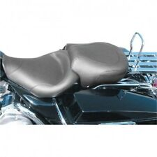 Seat wide touring vinyl solo special smooth 15 w front black - Mustang 75459