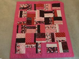 Red Sweetheart & Patchwork Quilt Homemade 45.5 x 50.5