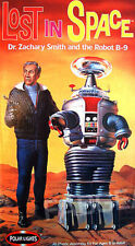 Polar Lights #5019  Lost in Space Dr Smith amd B9 Robot Model Kit