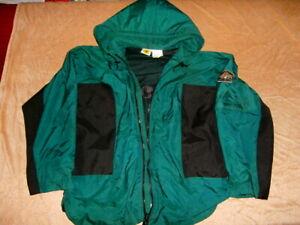 Body Glove Soft Shell Rain SURF HOODED Jacket Men M Windbreaker RARE HOODIE