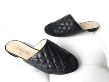 100e2bc41df24e 18A CHANEL BLACK QUILTED LEATHER CC LOGO SUEDE CAPTOE SLIDES FLATS 36