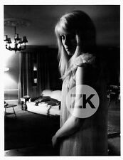 CATHERINE DENEUVE Repulsion POLANSKI Schizophrénie Angoisse Nightdress Photo '64
