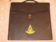 Masonic Past Master Without Square Apron Case Gold Logo Freemason NEW!