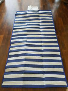 große Strandmatte mit aufblasbarem Kopfkissen, 170x90cm, Picknickdecke