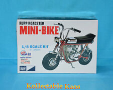1 8 MPC - Rupp Mini Bike Red Motorbike Plastic Model Kit(mpc849)