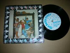 THE BELLE STARS - THE CLAPPING SONG...UK.STIFF BUY 155 IN PIC.SLEEVE (1982)