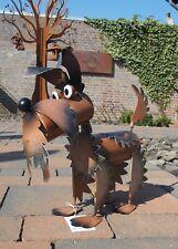 Hund, Tierskulptur aus Metall für Wohnbereich und Garten