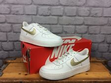 NIKE UK 4 EU 36.5 WHITE GOLD AIR FORCE 1 TRAINERS GIRLS LADIES CHILDRENS
